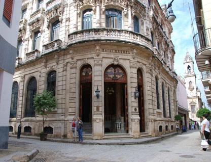 Hoteles havanacity com for Calle neptuno e prado y zulueta habana vieja habana cuba